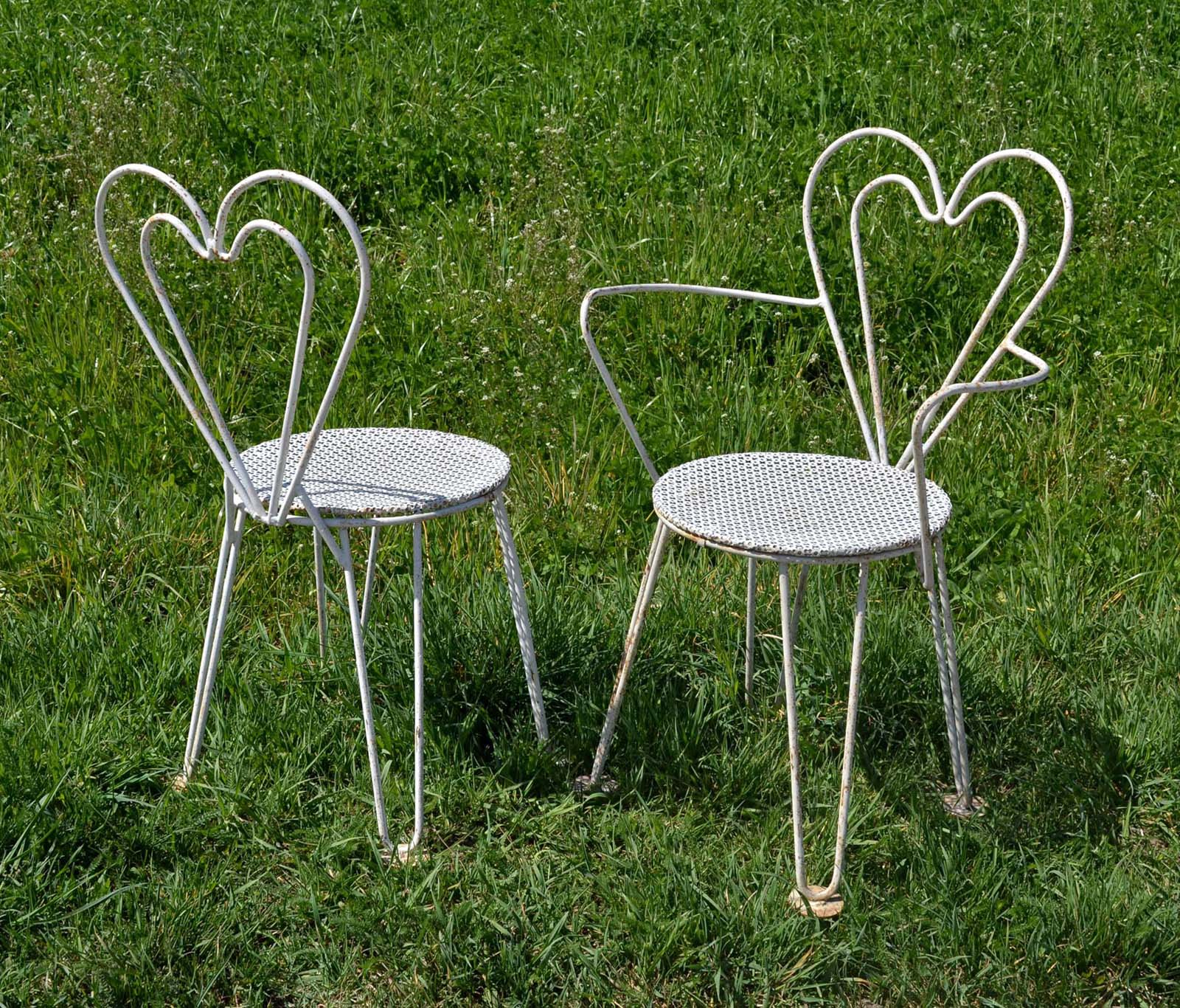 belle table de jardin en fer l 39 id e d 39 un porte manteau. Black Bedroom Furniture Sets. Home Design Ideas