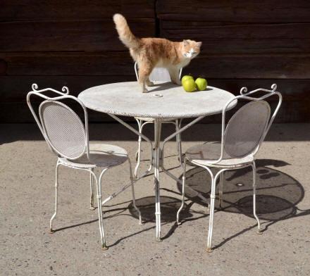 Petite table de jardin ronde table exterieur jardin | Maisondours