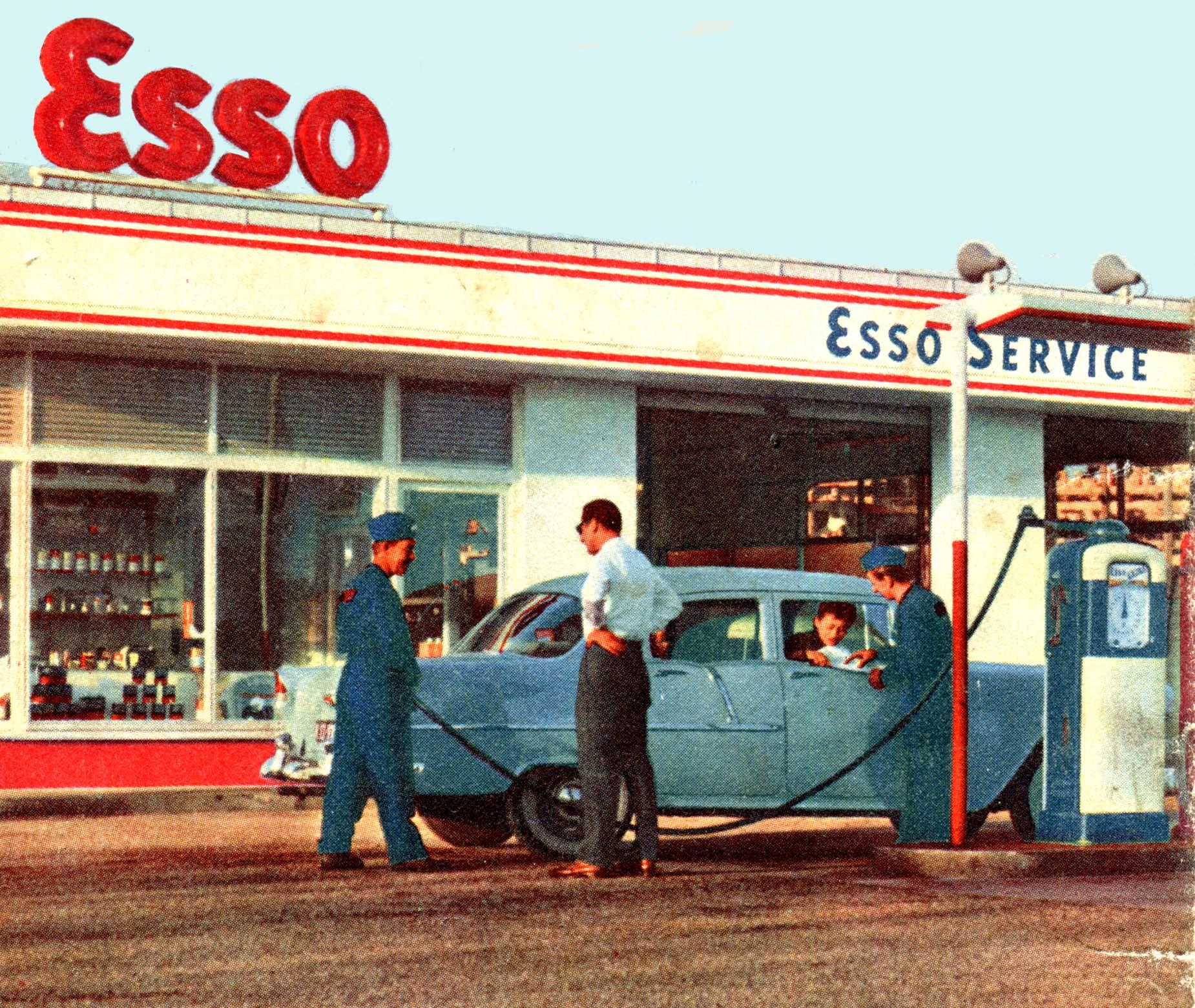 les stations service esso dans les annees 1950. Black Bedroom Furniture Sets. Home Design Ideas