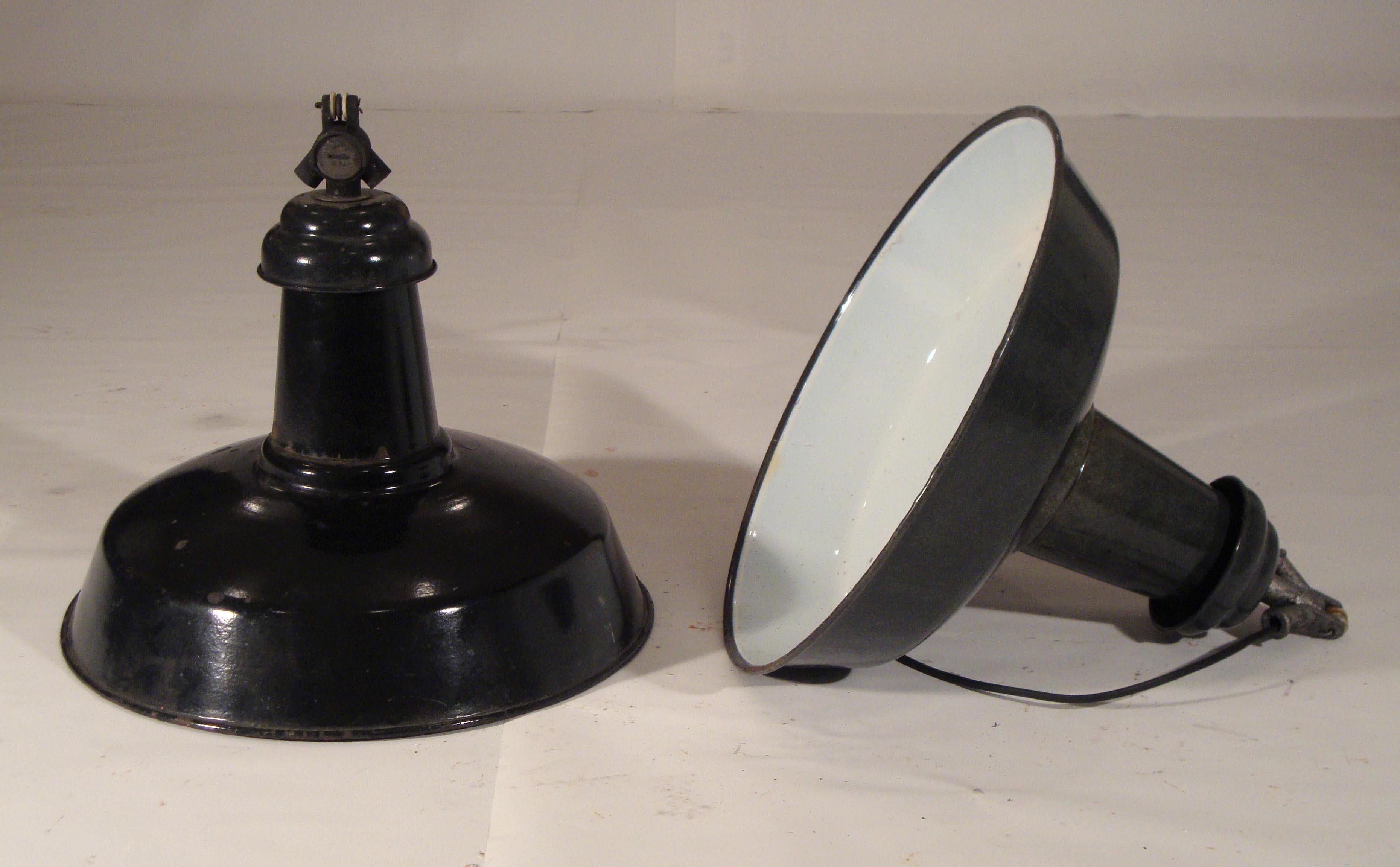 les rares et int ressants objets d j vendus par schul antiquit s xx me si cle. Black Bedroom Furniture Sets. Home Design Ideas