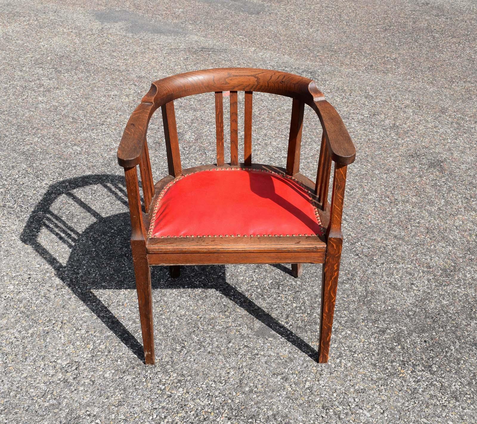 brocante et d co en suisse romande objets de la 1 re moiti du 20 me si cle. Black Bedroom Furniture Sets. Home Design Ideas