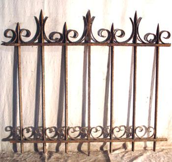 mat riaux anciens ferronnerie portails anciens barri res de jardin 19 me grilles forg es. Black Bedroom Furniture Sets. Home Design Ideas