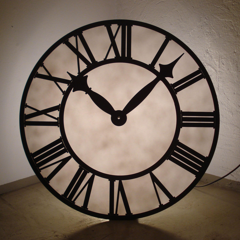 Armoire Rouge Enfant : Horloge gare