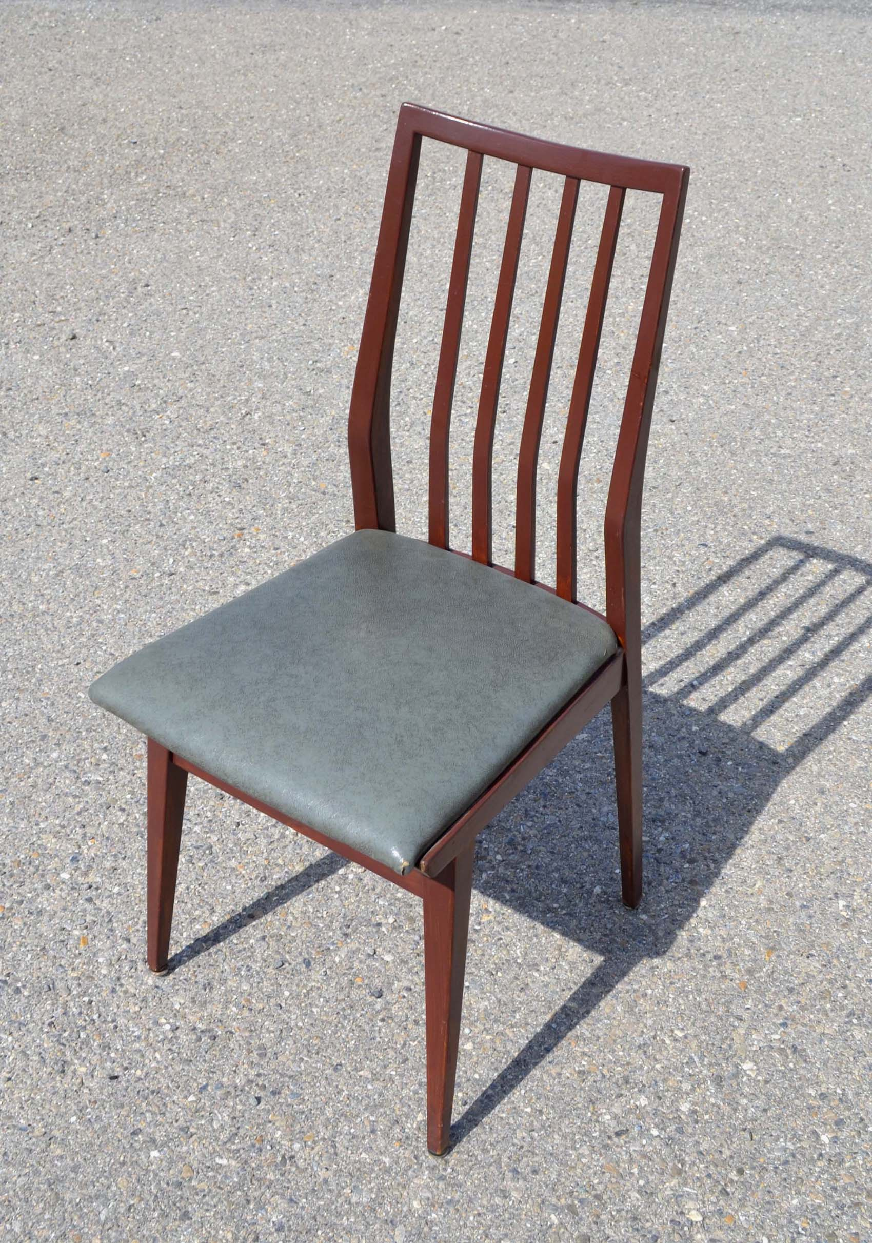 Des chaises design vintage des ann es 1950 80 de for Chaise annee 80