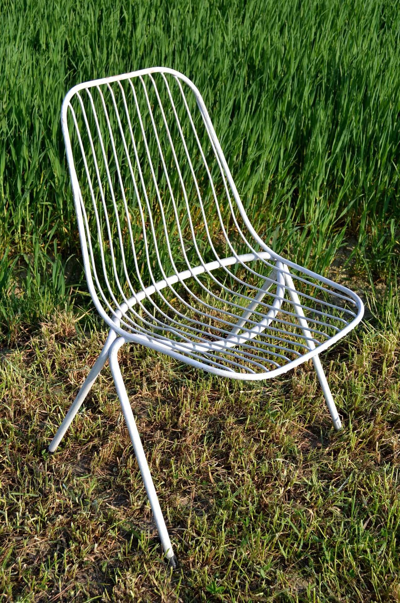 stella bassecourt chaises vintage fabrication suisse. Black Bedroom Furniture Sets. Home Design Ideas