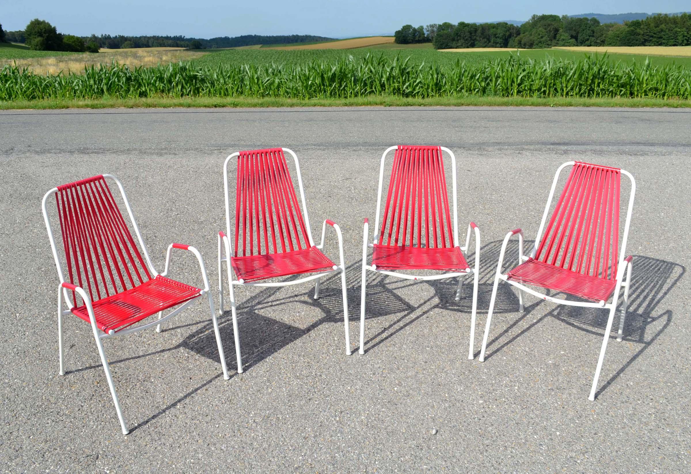 4 chaises de jardin empilables des ann es 1960 avec for Chaise longue jardin plastique blanc