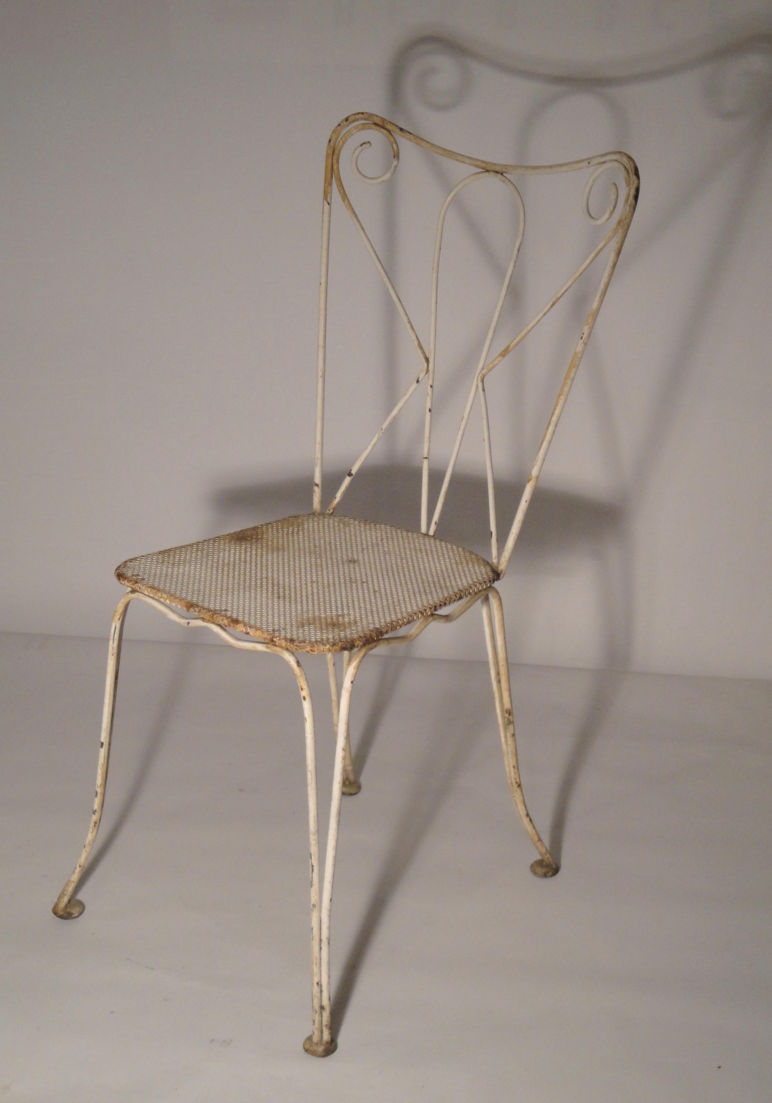 Mobilier de jardin ancien vendu - Chaises de style ancien ...