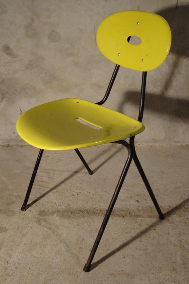 lot de chaises empilables utilisables pour l 39 ext rieur jardin bistro int ressant exemple. Black Bedroom Furniture Sets. Home Design Ideas