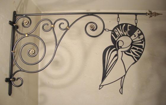 ferronnerie d 39 art fabrication d 39 enseignes style fer forg mobilier design en acier travaux. Black Bedroom Furniture Sets. Home Design Ideas