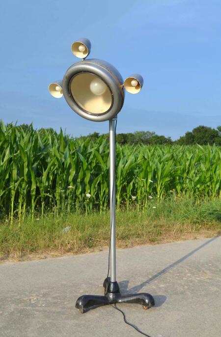 Projecteurs de spectacle vintage th tre et cin ma - Lampe sur pied vintage ...