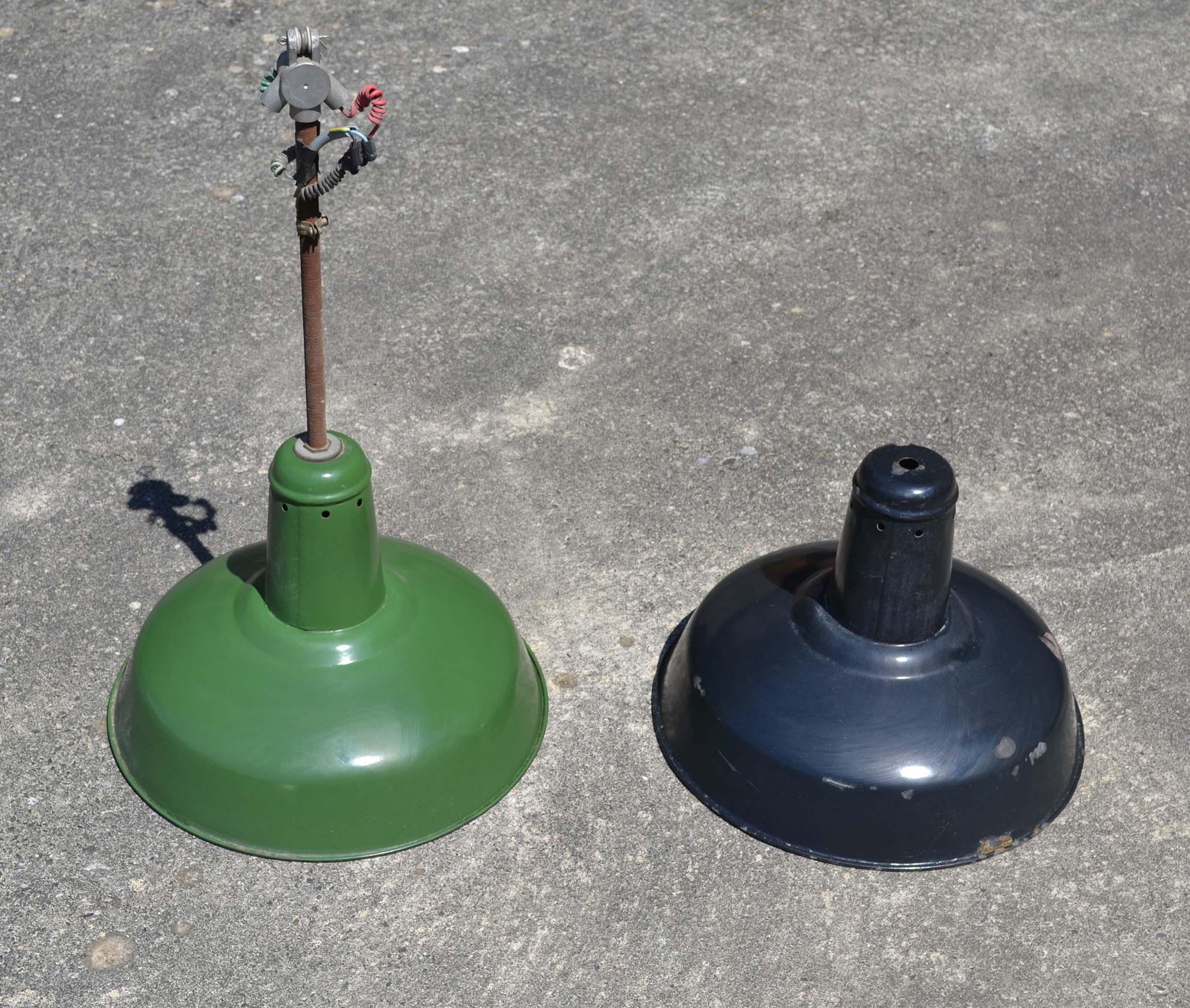 lampes indus vintage vendues