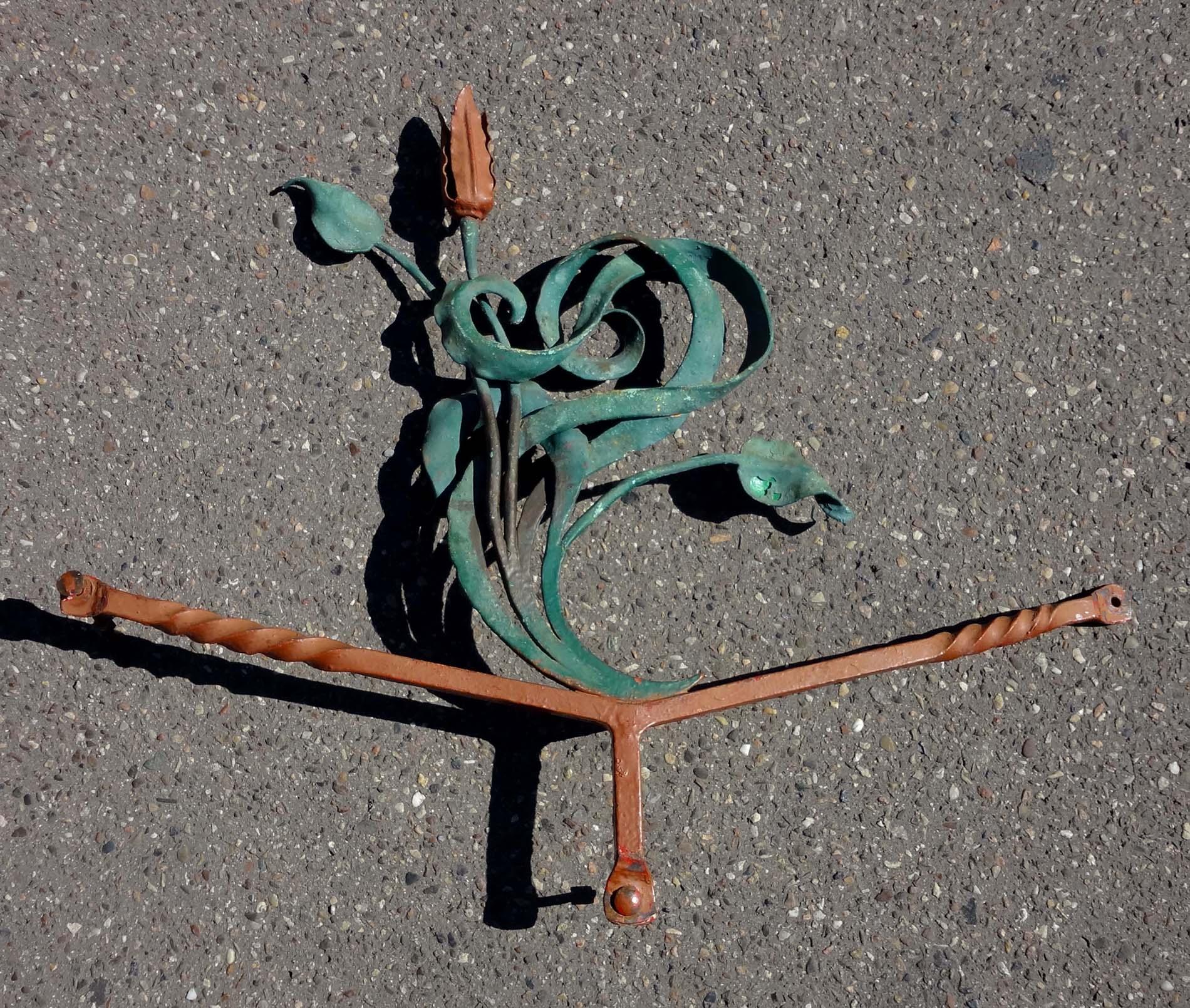 Ferronnerie art nouveau d 39 poque 1900 for Motif en fer forge