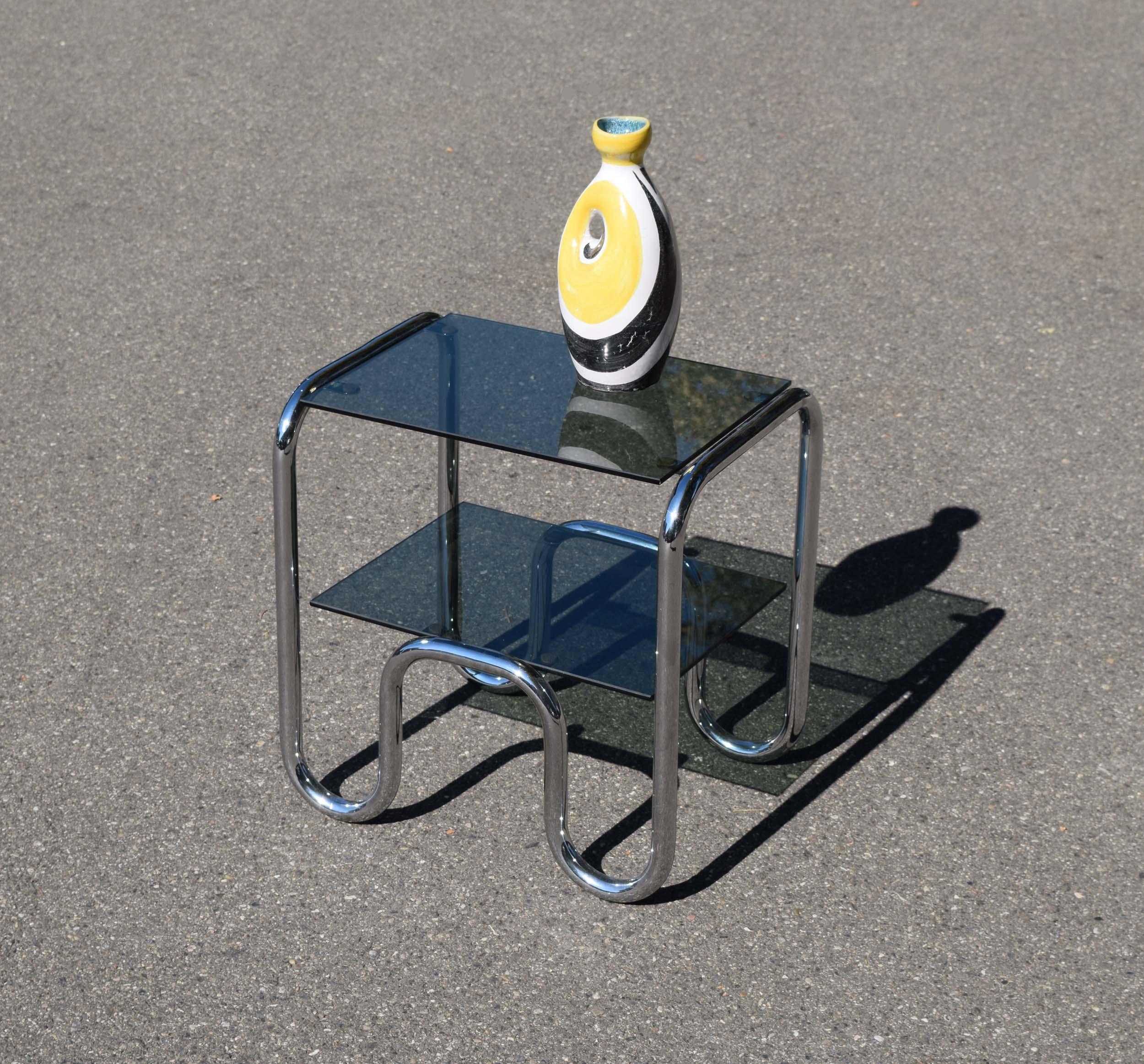Petits meubles et objets design des ann es 1960 70 - Petit meuble en verre ...
