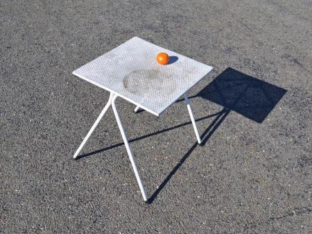 Stella bassecourt chaises vintage fabrication suisse Mini table jardin