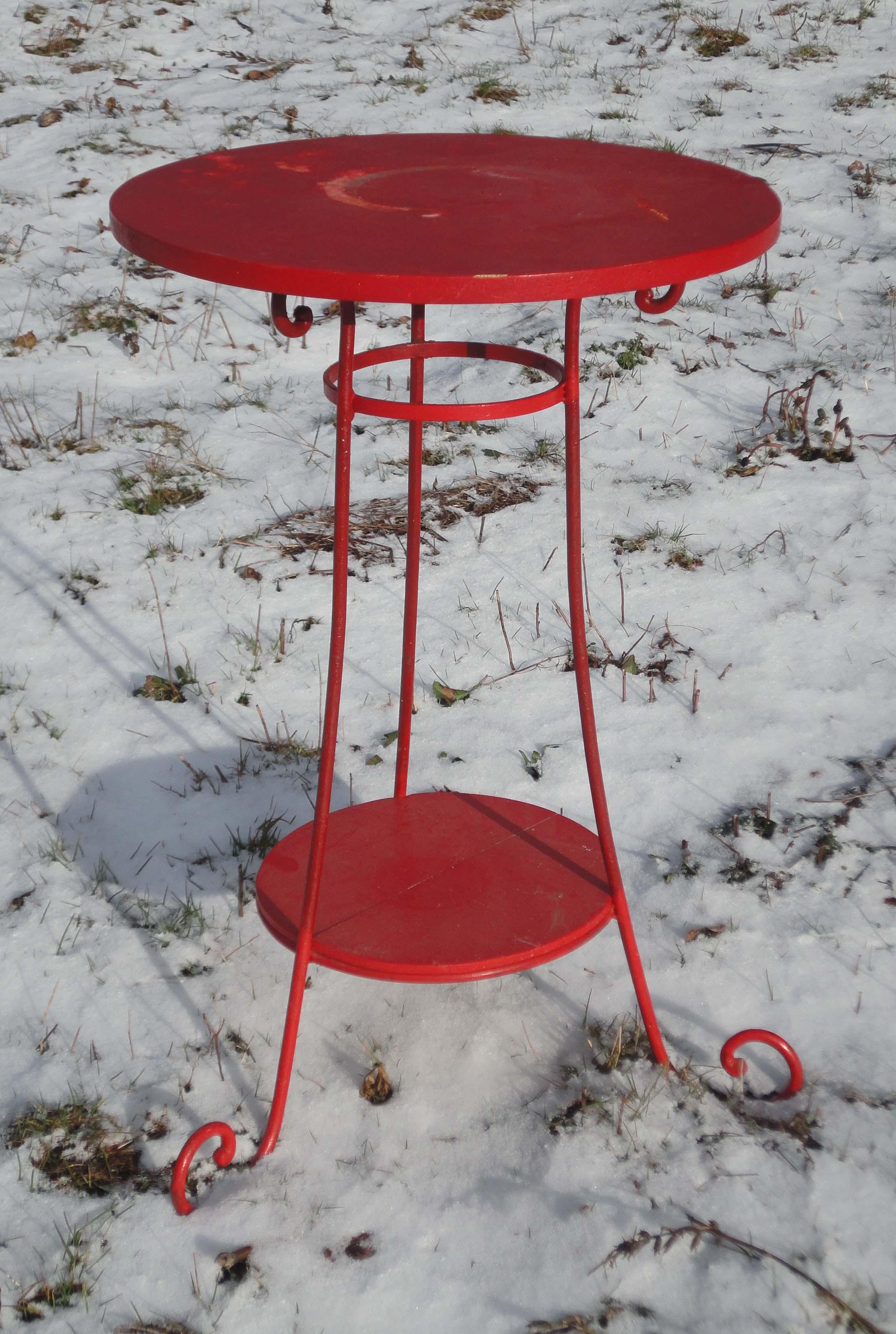 Table de jardin petite largeur des id es int ressantes pour l - Petit table de jardin ...