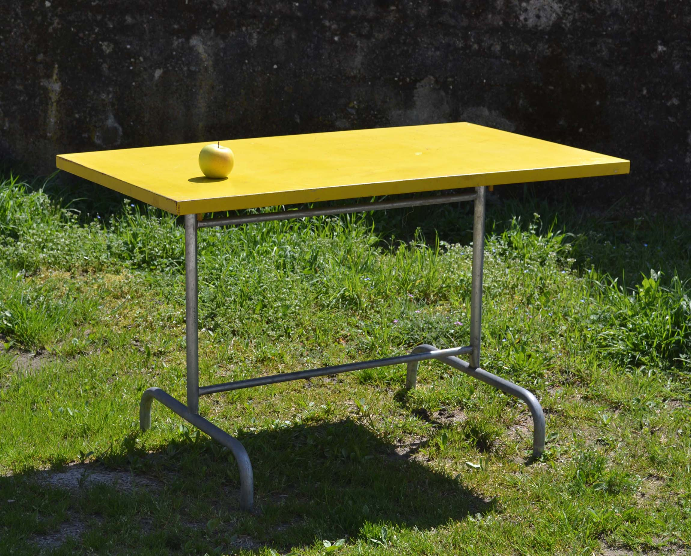 Embru bigla mobilier d 39 ext rieur tubulaire vintage suisse for Table exterieur suisse