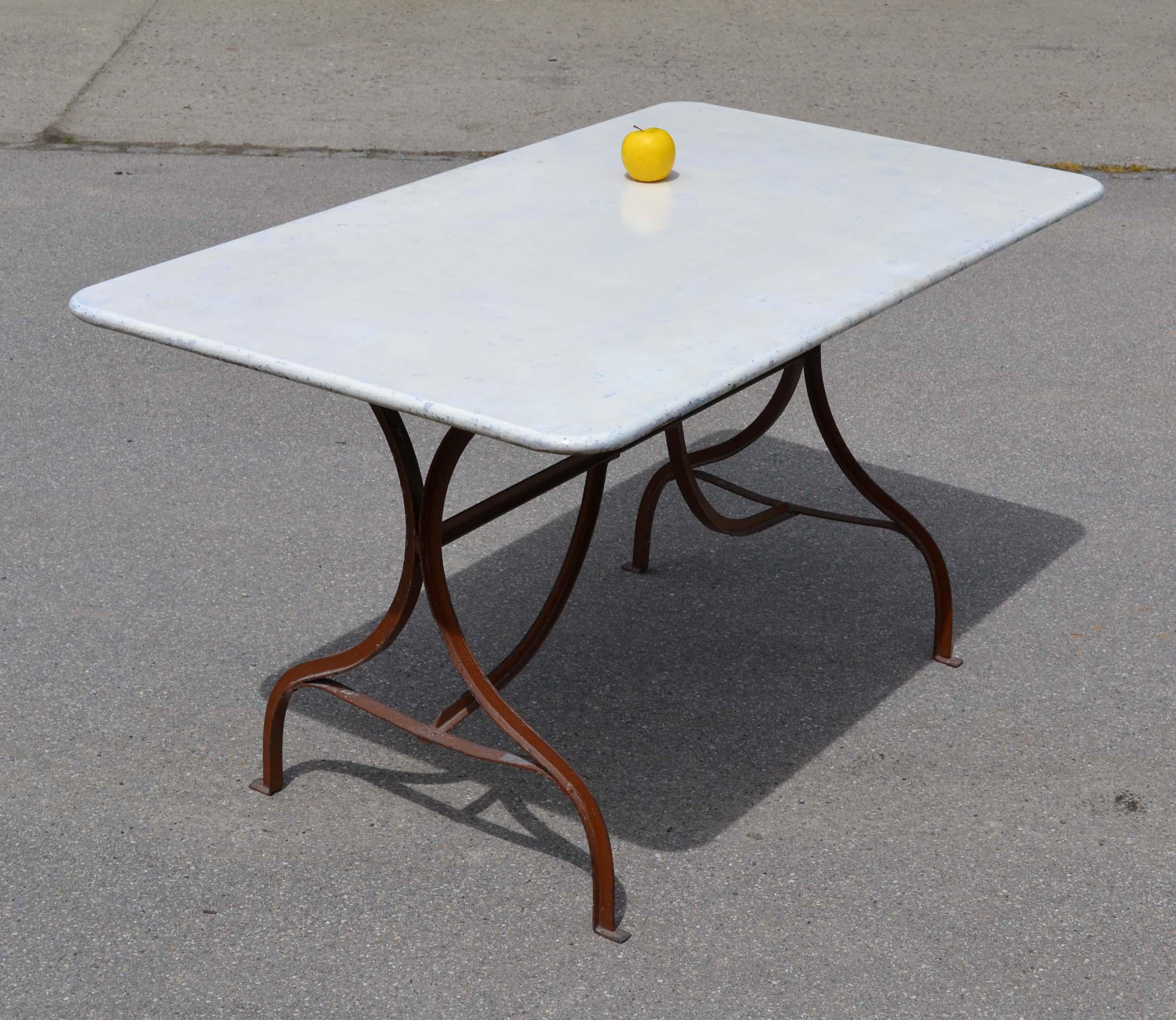 Fabriquer table en fer sammlung von design for Table jardin fer