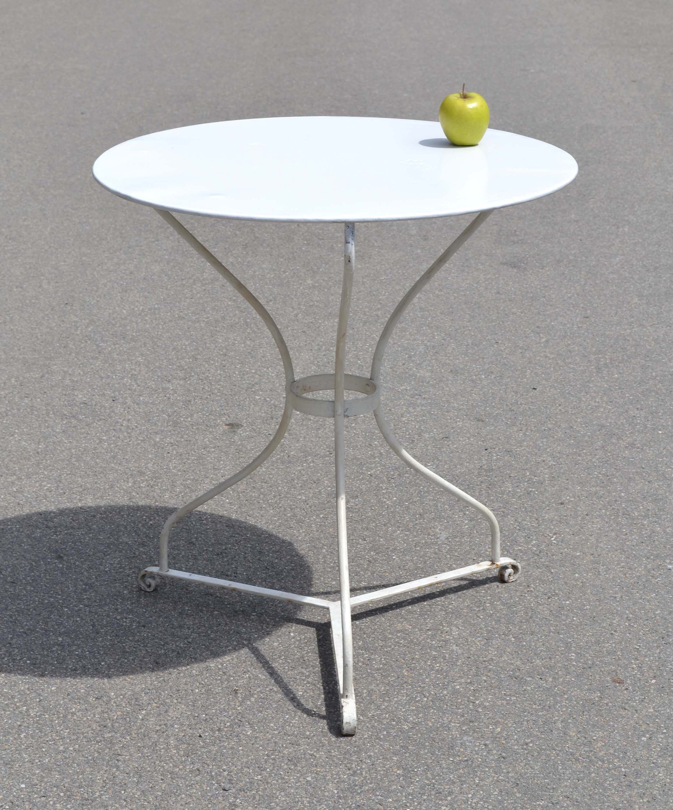 Best table jardin fer blanche ideas awesome interior for Table blanche