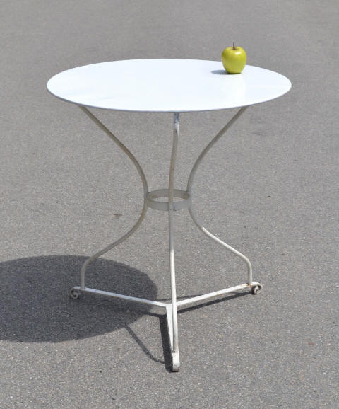 Table ronde fer forg ancienne table de lit - Table bistrot bois ancienne ...