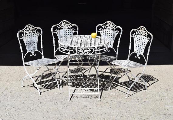 mobilier de jardin ancien et objets en fer brocante déco jardin